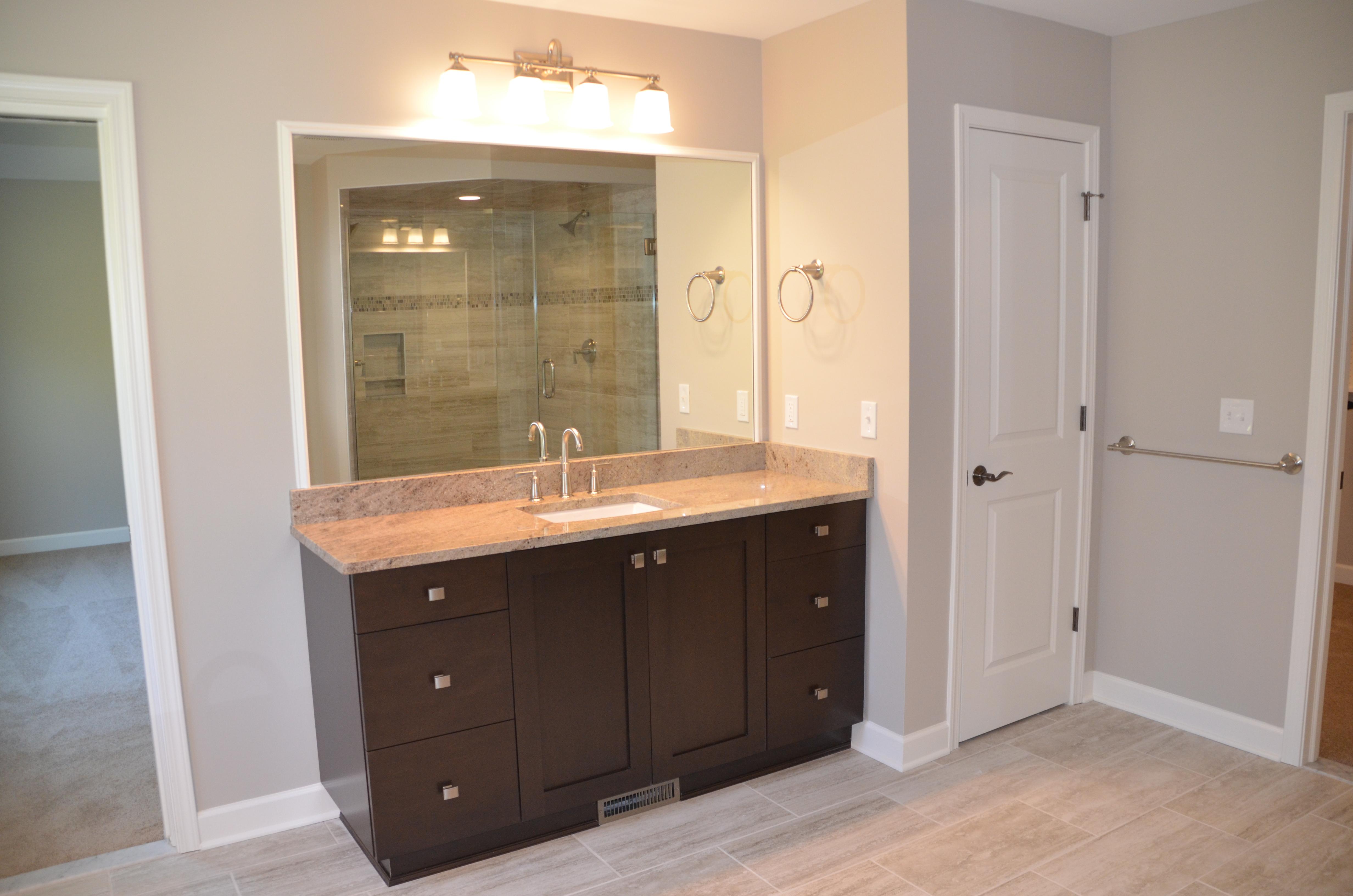 24 Greythorne Hill Bathroom